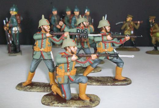 Quelques figurine de l'exposition Grande Guerre en miniatures
