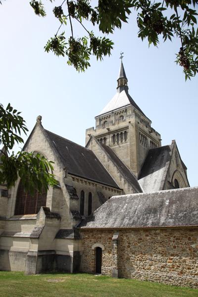 Vue arrière extérieure    Mémorial de Dormans