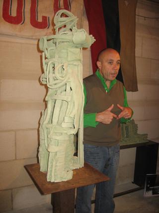 Le sculpteur Patrice ALEXANDRE au mémorial de Dormans