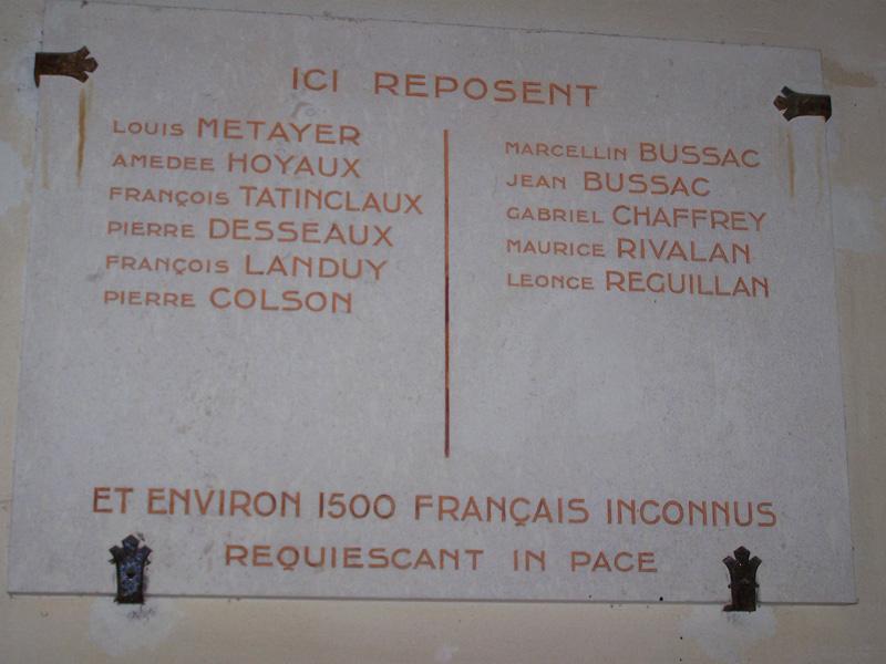 Plaque commémorative Ossuaire du mémorial de Dorans