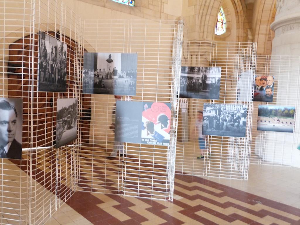 suite de l'exposition De Gaulle